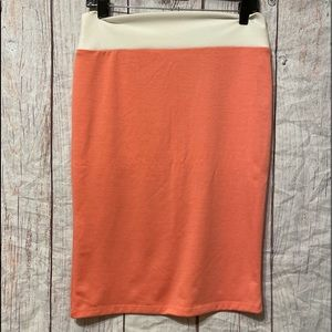 Discreet Salmon Colored Skirt
